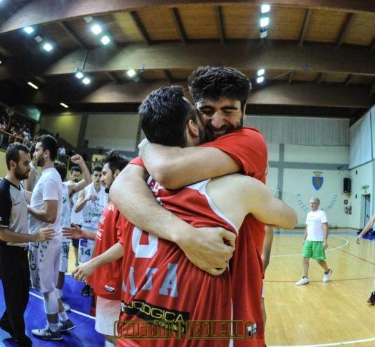 Gara 2: Gallery 5 Pari Torino VS Mercatò Alba (Semifinale)